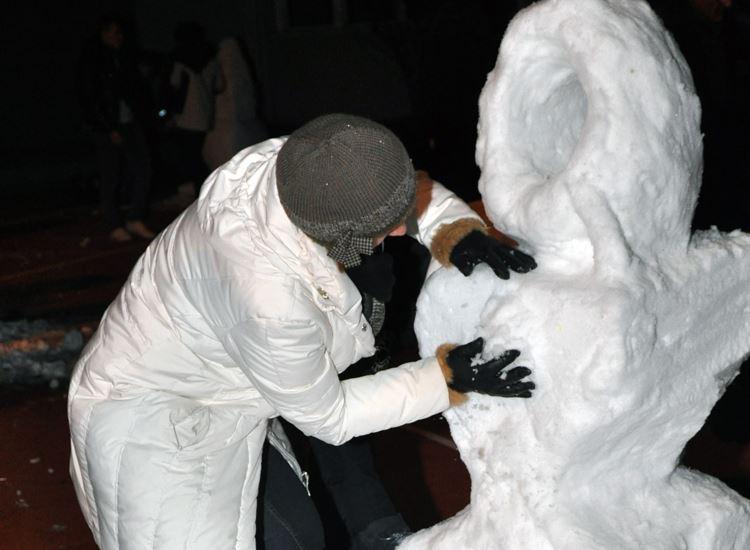 Schneeskulpturenbau_03